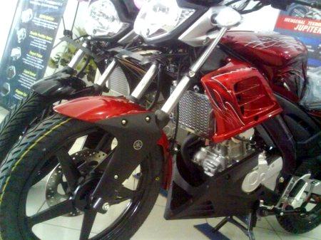 Yamaha Vixion SE…hmm lumayan juga!! Oktober 27, 2010