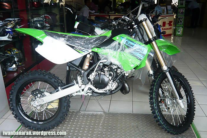 Kawasaki KX85…wow, kecil-kecil cabe rawit!! Maret 29, 2011