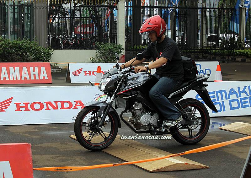 Mencicipi Yamaha New Vixionmenepis Segala Keraguan