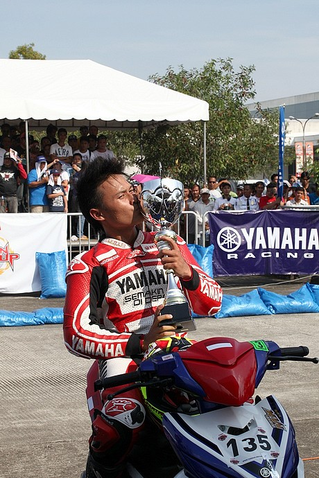 Race 1 MT finis 1- Tammy Pratama