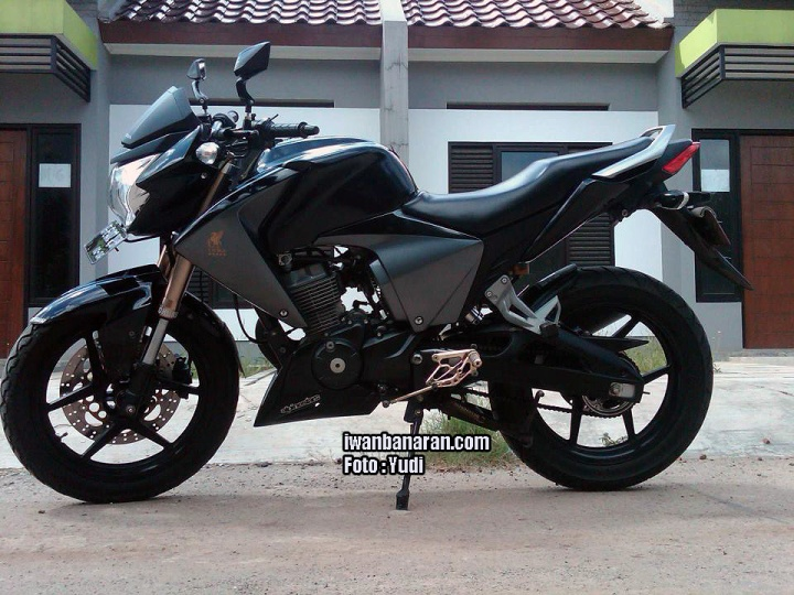 Honda New Megapro
