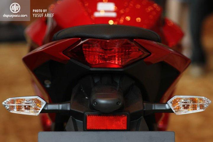 Kawasaki_Z250_13
