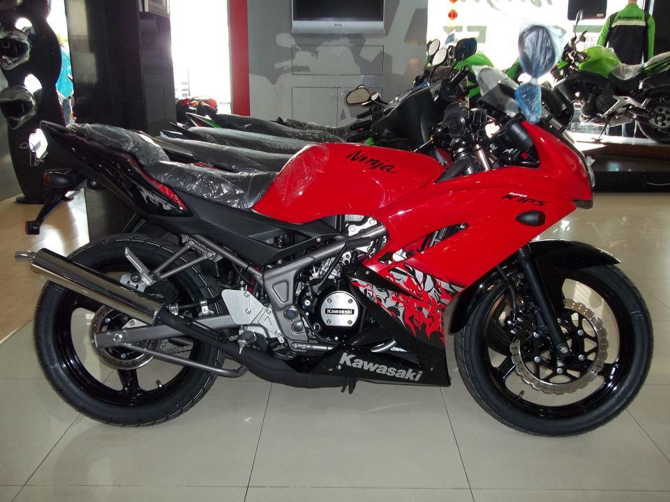 Warna Terbaru Kawasaki Ninja Rr 2013 Heritage Malta