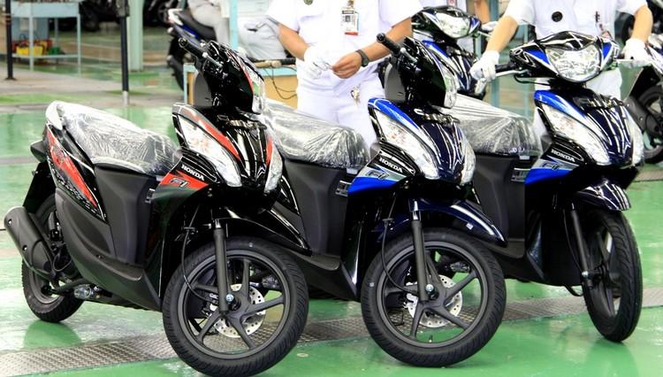 Honda rilis Spacy striping baru 2013….. title=