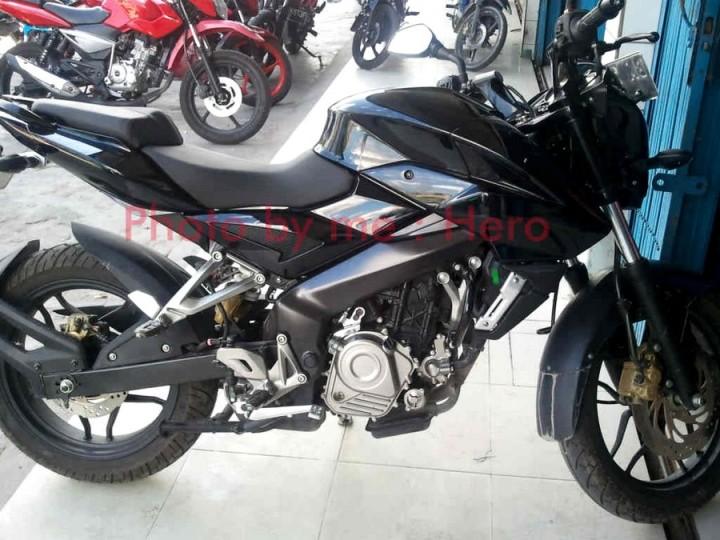 Pulsar 200NS diIndonesia