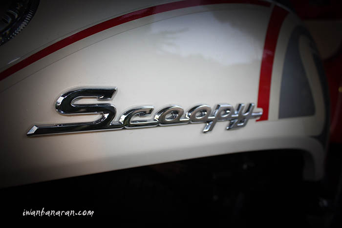 Scoopy FI