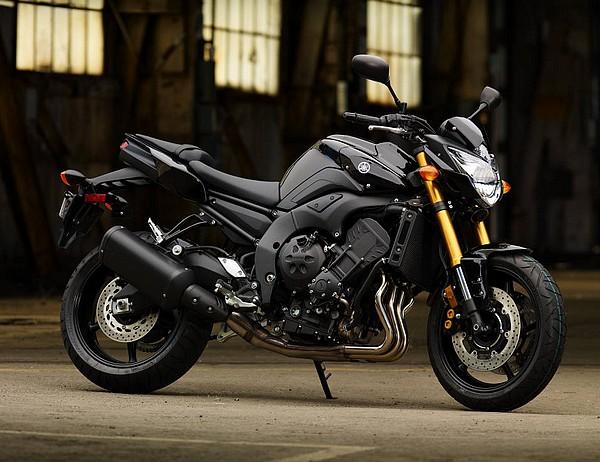 2011-Yamaha-FZ8-black