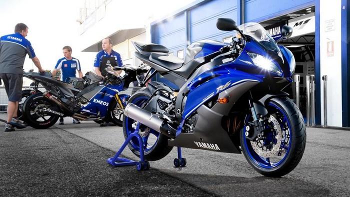 2013-Yamaha-YZF-R6