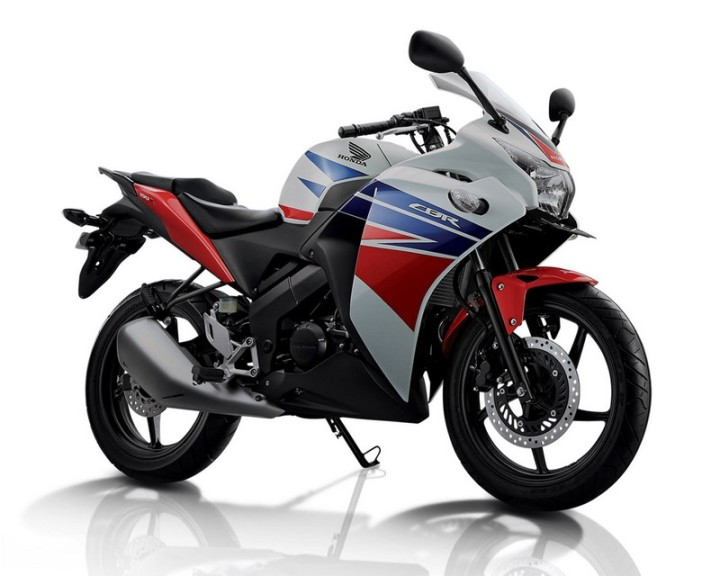 CBR150R.Honda Three Colors