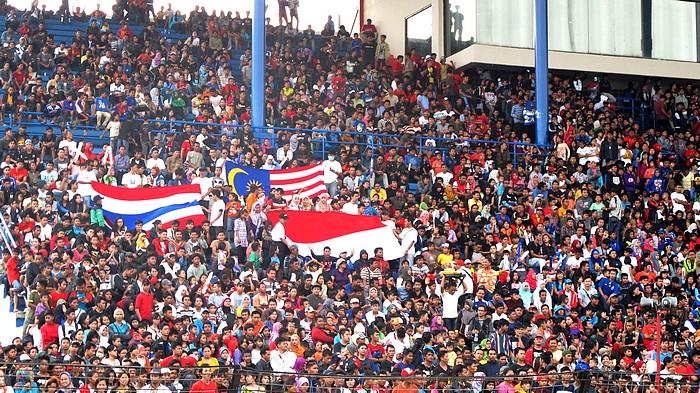 Penonton membludak di event Yamaha Asean Cup Race ke-10 di Sentul International Circuit
