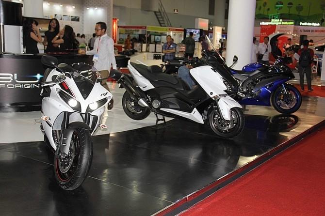 Yamaha CBU di Booth Yamaha Indonesia Japan Expo
