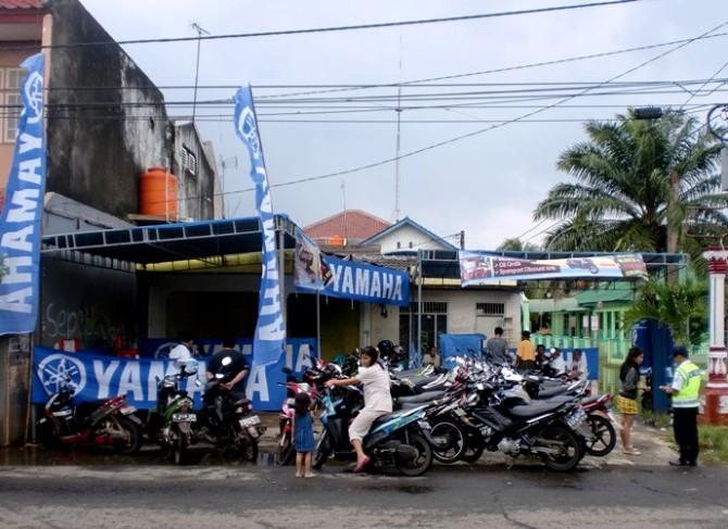 Aksi Yamaha Peduli Banjir-