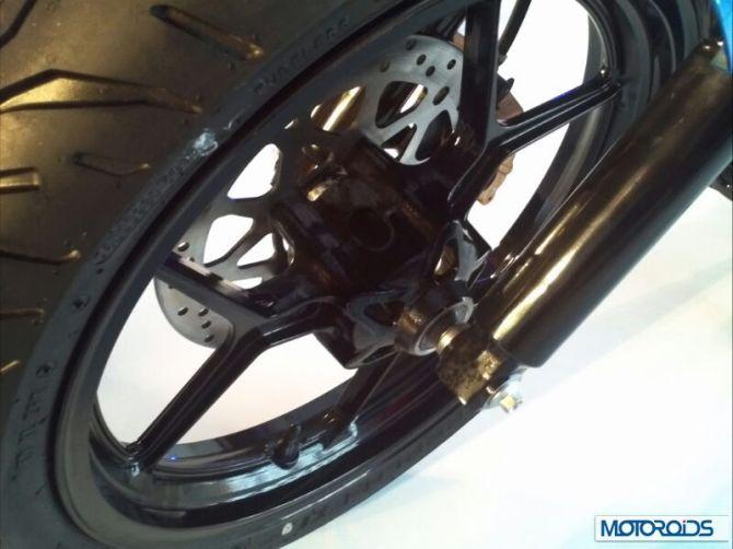 Suzuki-Givver-150cc-motorcycle-India-23