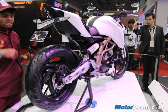 1024x682xTVS-Draken-250cc.jpg.pagespeed.ic.Bi-lwi1XqG