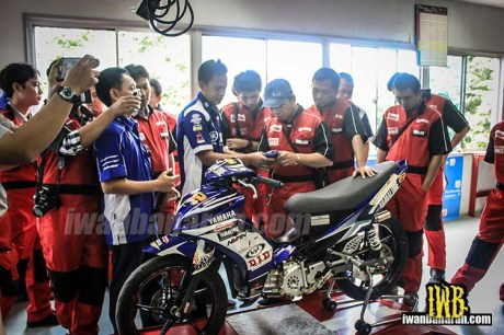 Yamaha coaching clinic fuel injection