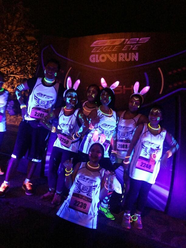 Peserta Glow Run Night Series Yamaha GT125 di area Mall Summarecon Tangerang (4)