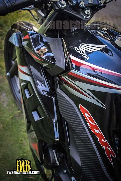 Honda CB150 (2)