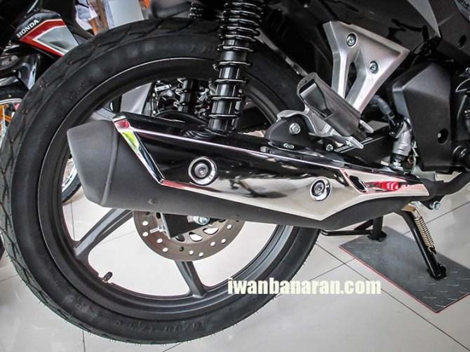 Blade 125 FI (10)