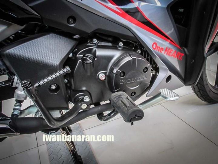 Blade 125 FI (11)