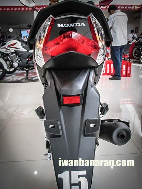 Blade 125 FI (8)