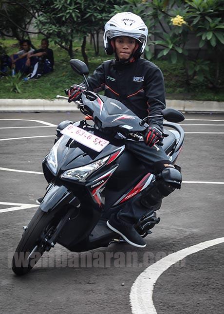 Honda Vario 110 FI (2)