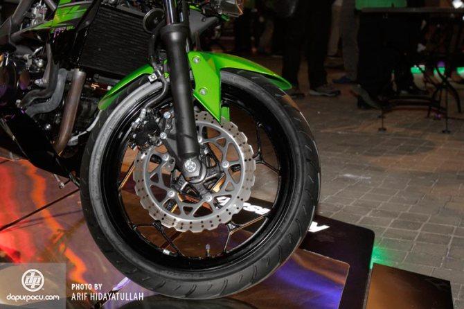 Kawasaki_Z_250_SL_007