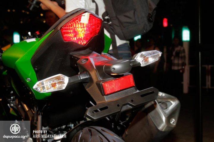 Kawasaki_Z_250_SL_011