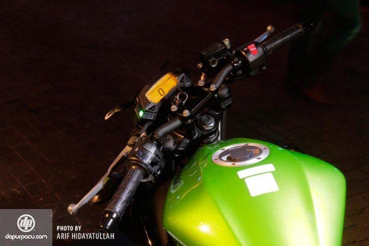 Kawasaki_Z_250_SL_013