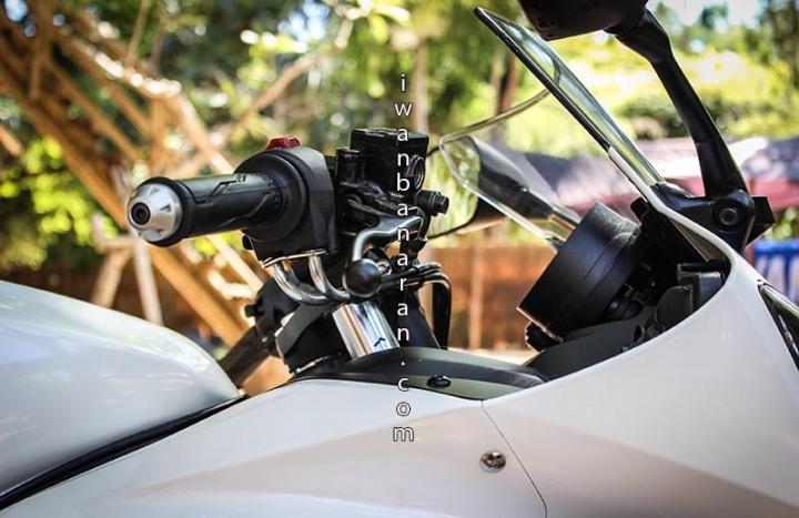 Yamaha YZF_R15 (35)