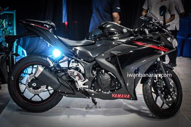 Yamaha_YZF_R25-151