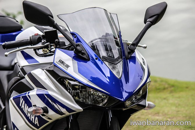 Yamaha_YZF_R25-34