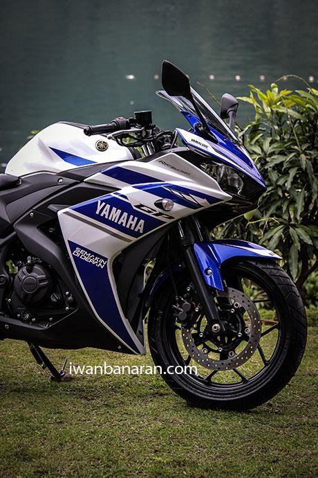 Yamaha_YZF_R25-39