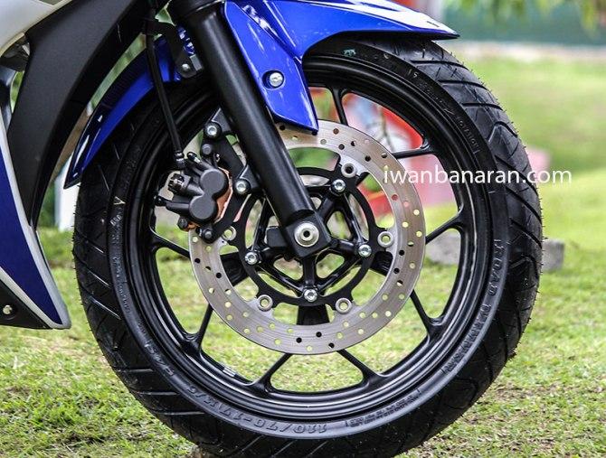 Yamaha_YZF_R25-41