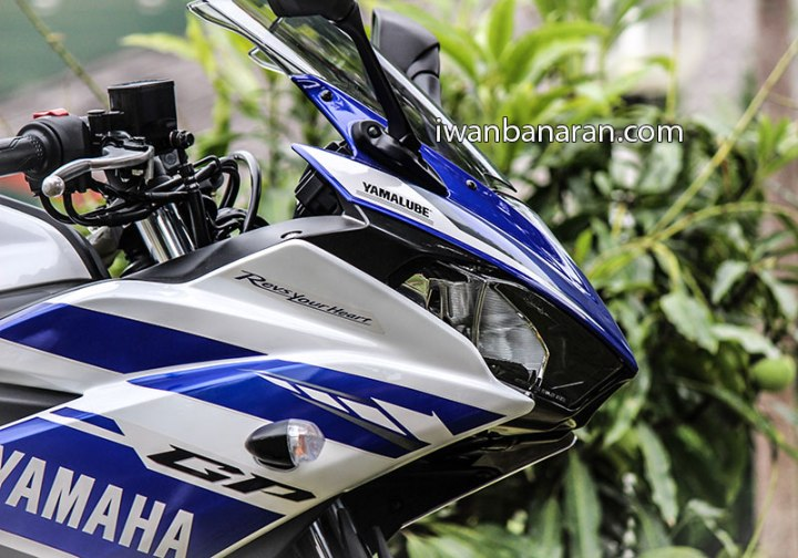 Yamaha_YZF_R25-43