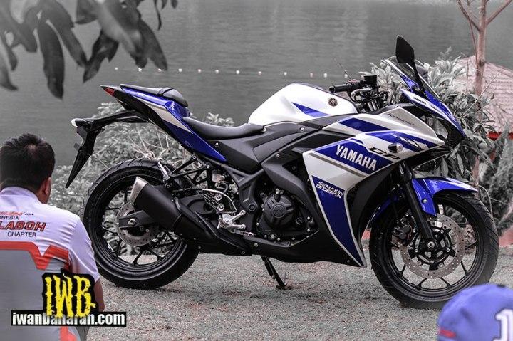 Yamaha_YZF_R25-47