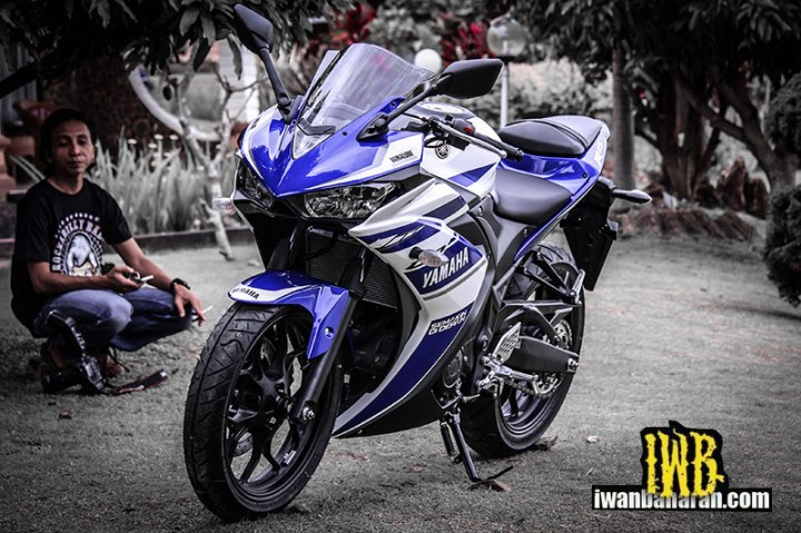 Yamaha_YZF_R25-49