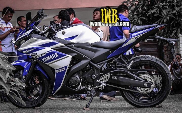 Yamaha_YZF_R25-53