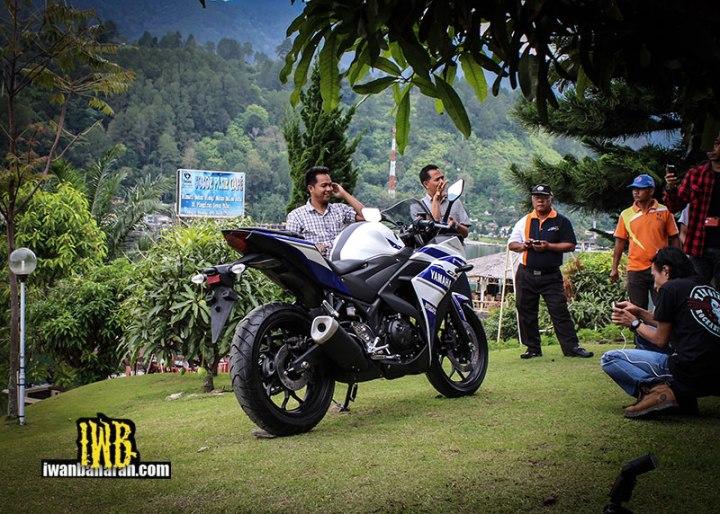 Yamaha_YZF_R25-60