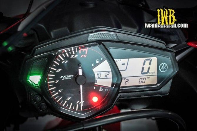 Yamaha_YZF_R25-66
