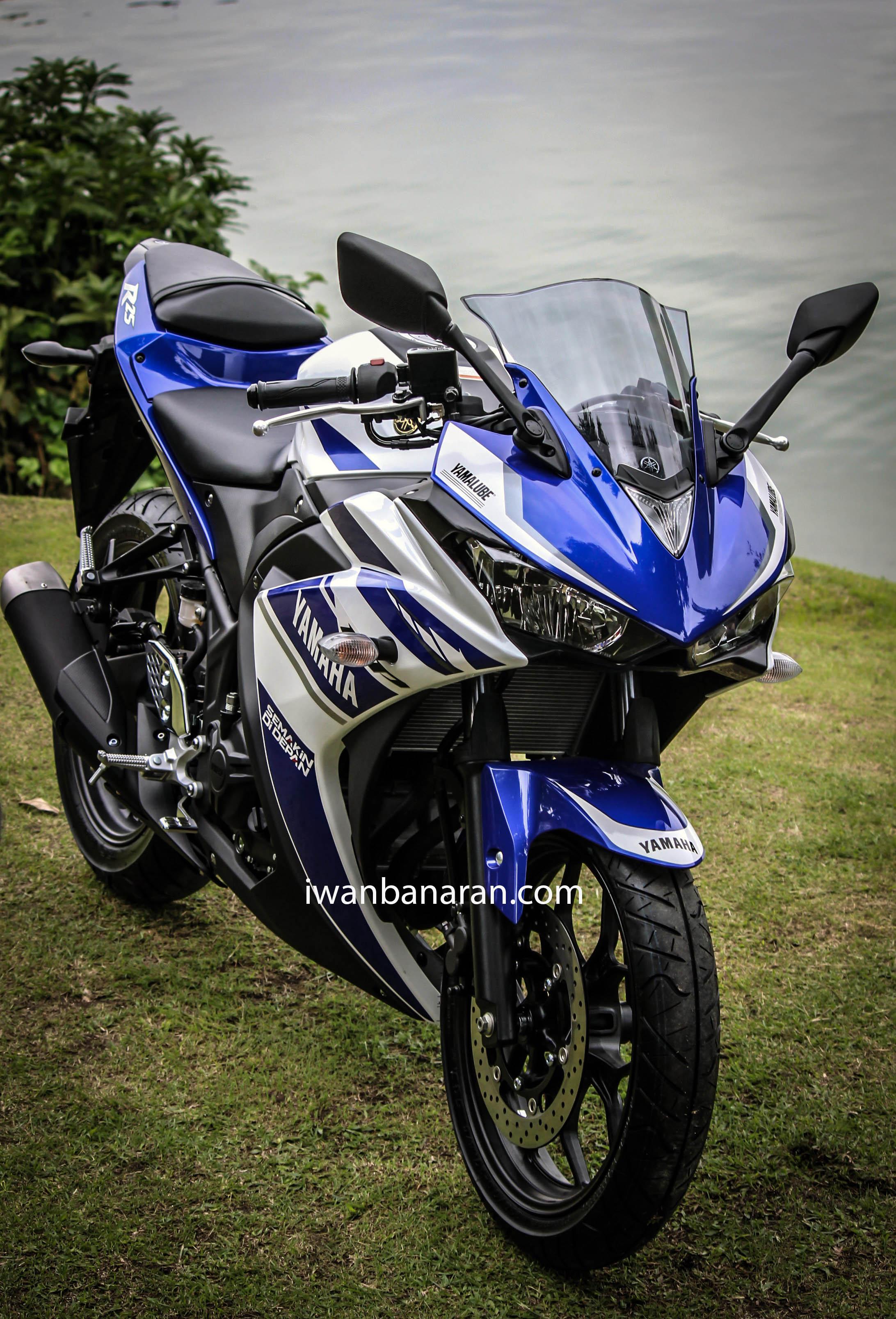 Gambar high res Yamaha YZF R25monggo disedot!!